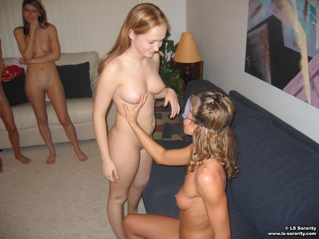 Index Of Lesbian Jpg 59